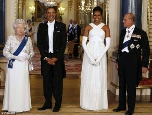 queen elizabeth II and prince philip standing next to barack and michelle obama